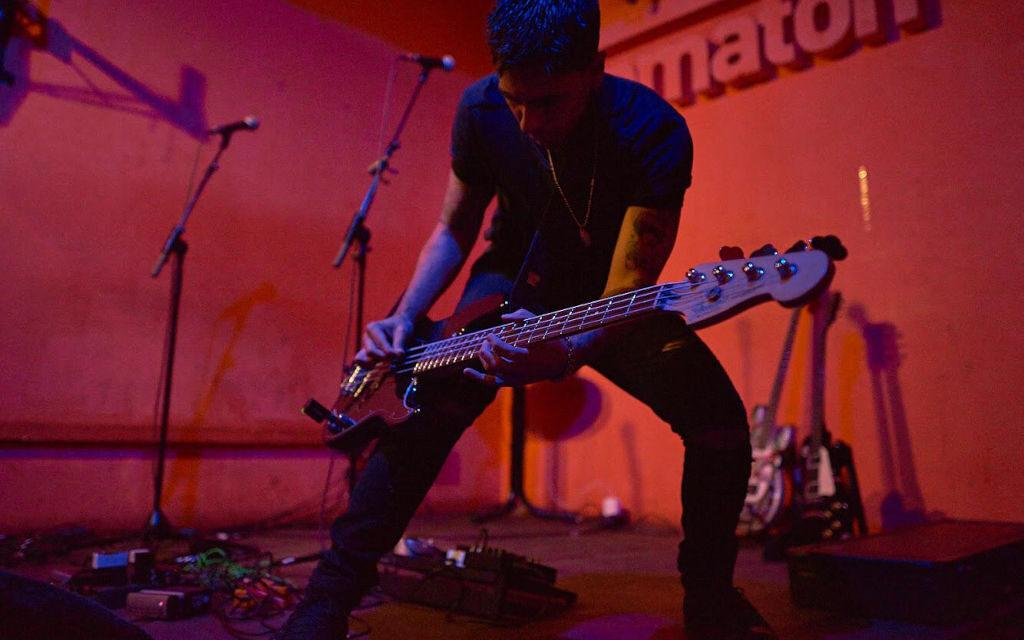 Edges, el sonido oscuro que llega desde Los Ángeles