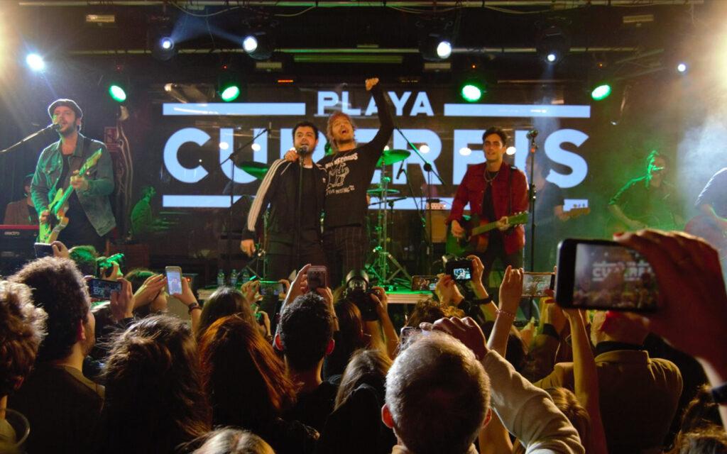 Playa Cuberris en la sala Mon Live