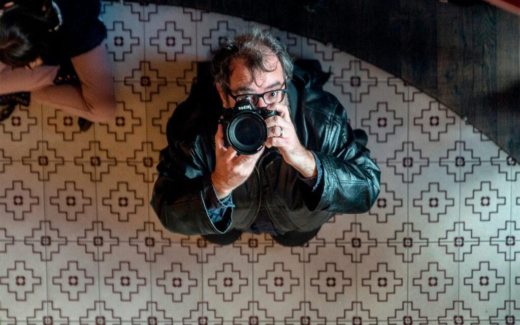 Odio obedecer: el baúl fotográfico de Xavier Mercadé